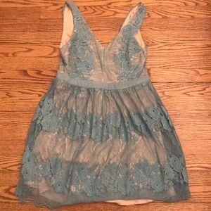 Francesca's small women's short blue lace dress